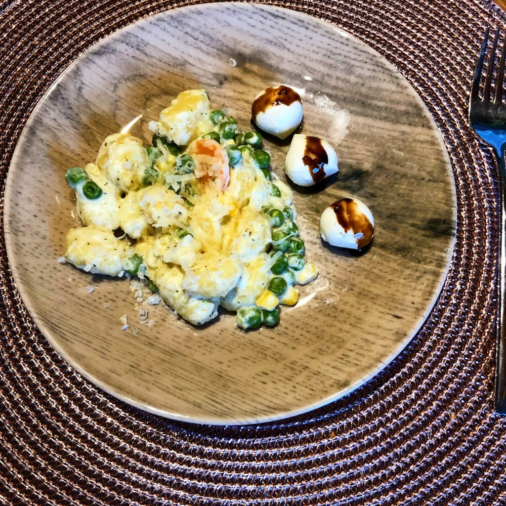 Mittagessen nach Magenbypass Operation, Gnocchi mit Gemüse in Sahnesauce und Mini-Mozzarella